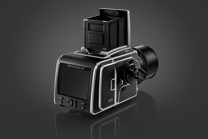 Hasselblad выпустит цифровой задник для своих пленочных камер.