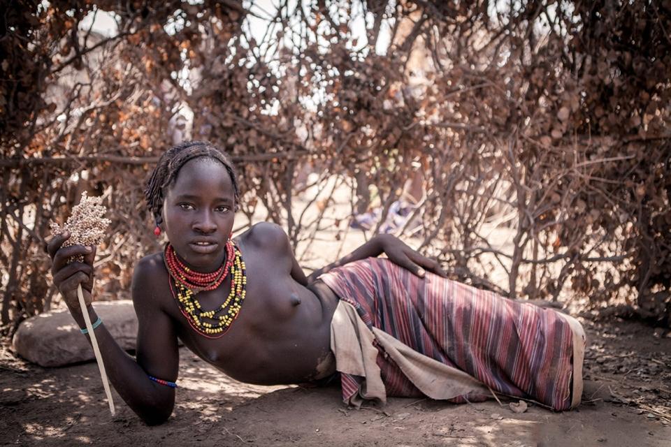 porno-traditsii-dikih-plemen
