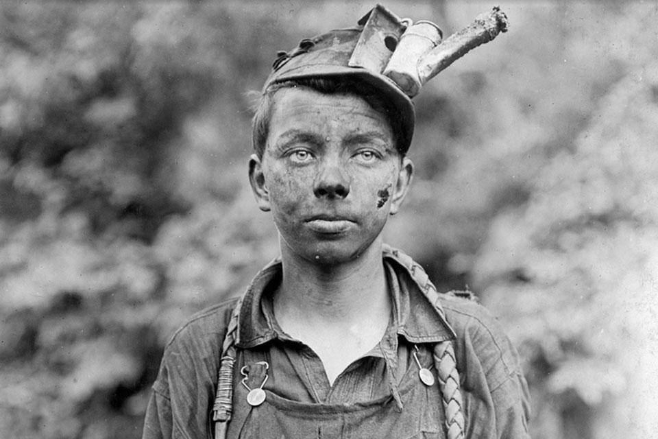 lewis hine Buy america and lewis hine: read 6 movies & tv reviews - amazoncom.