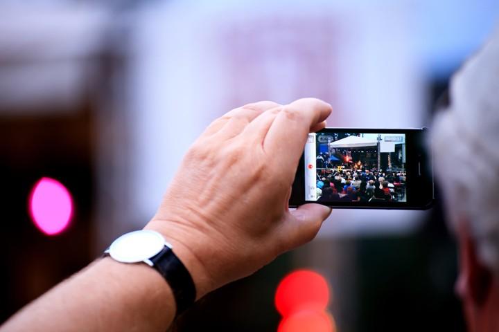 как четко фотографировать на телефон профессора Московской Духовной