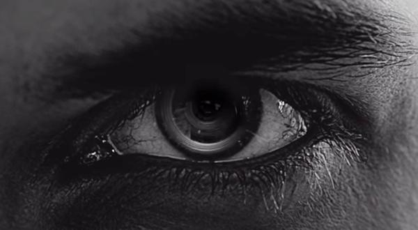 Samsung запатентовала контактные линзы со встроенной камерой